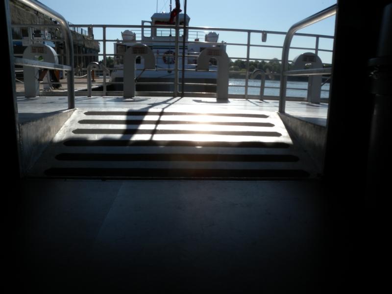 Accès pont extérieur