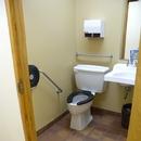 Toilette / Centre de découverte et de services le Fjord du Saguenay