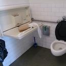 Salle de toilette accessible - 1er étage