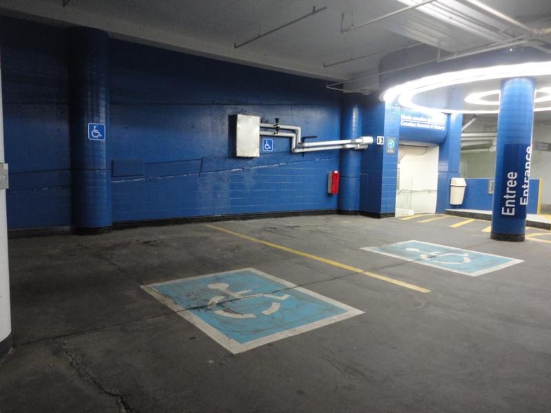 Stationnement réservé intérieur