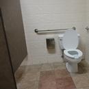Gare fluviale de Baie-Comeau_Salle de toilettes