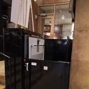 Plate-forme élévatrice pour accéder à la salle de toilette dans la section du théâtre