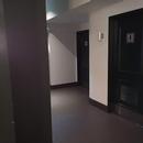 Accès salles de toilette, au 2e étage