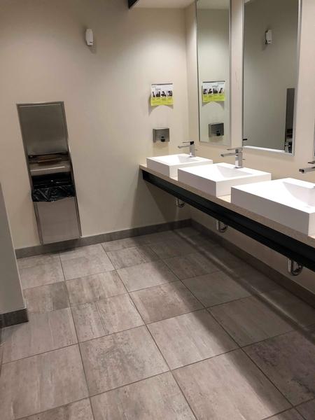 Salle de toilette publique