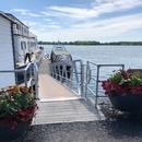 Rampe d'accès menant au quai d'embarquement de Pointe-aux-Trembles