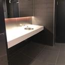 Salle de toilette hommes - Près de la salle Octave-Crémazie