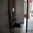 Vestibule de l'entrée accessible
