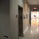 Accès à la salle American-Biltrite au 1er étage