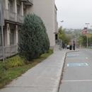 3 stationnements réservés sur rue