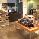 Boutique - circulations et comptoir de caisse