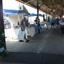 Allée centrale dans le marché