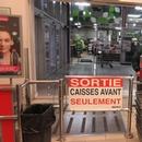 Sortie pour les fauteuils roulants (informer à la caisse)