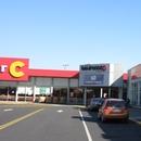 Pharmacie près de l'entrée de centre commercial