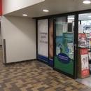 Porte d'entrée principale de la pharmacie niveau 3000