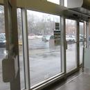 Vestibule d'entrée et portes de sortie