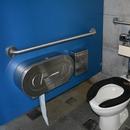 Cabinet de toilette, près de l'entrée du Grand Quai