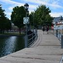 Pont entourant le Bassin Natrel
