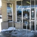 Portes d'entrée/sortie avec ouvre-portes automatiques