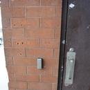 Ouvre-porte automatique du centre commercial