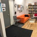 Aire d'attente dans les bureaux de Playwrights' Workshop Montréal