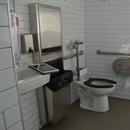 Cabinet de toilette unique - près de la SAQ